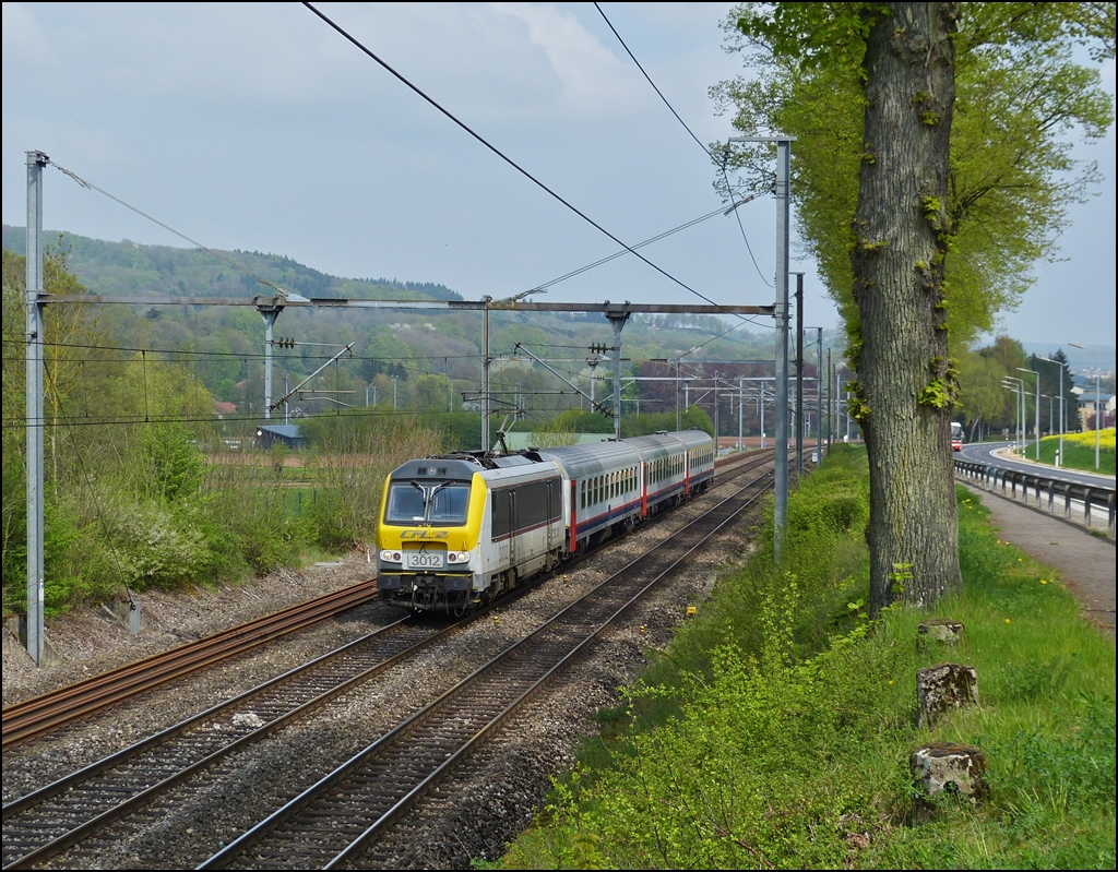 . 3012 is heading the IR 113 Liers - Luxembourg City in Schieren on May 3rd, 2013.