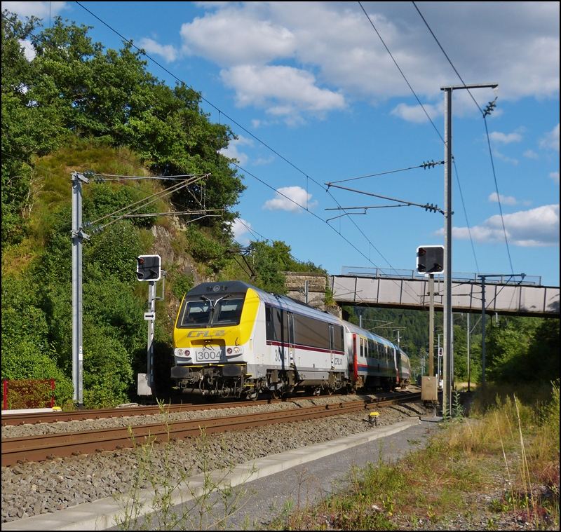 . The IR 118 Luxembourg City - Liers is running between Lellingen and Wilwerwiltz on August 4th, 2013.