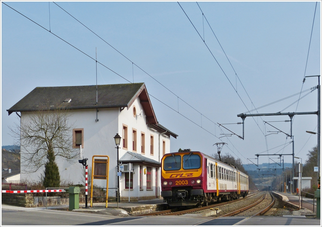 . Z 2003 is entering into the station of Wilwerwiltz on April 4th, 2013.
