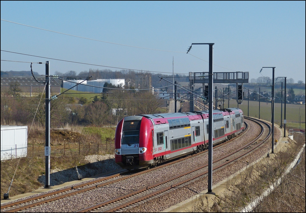 . Z 2221 is running between Dippach and Schouweiler on March 4th, 2013.