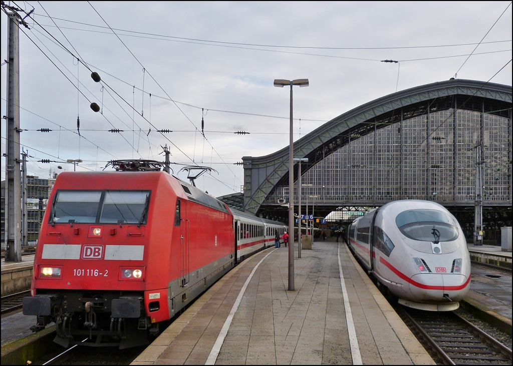 101 116-2 with IC and ICE 3 pictured in Cologne main station on December 30th, 2012.
