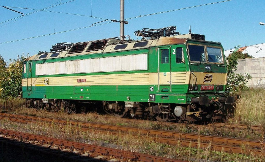 163 080 at the raiway station Chomutov in 1. 10. 2011