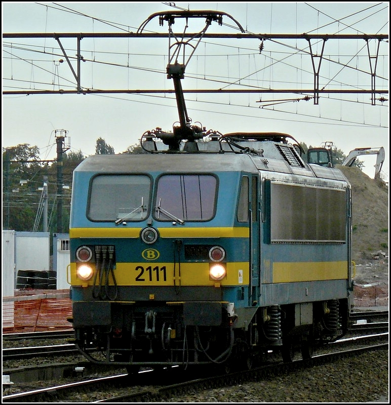 2111 pictured at the station Gent St Pieters on September 13th, 2008.