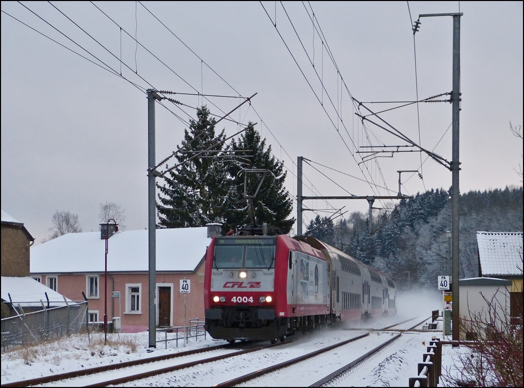 4004 is hauling the IR 3714 Luxembourg City - Troisvierges through Enscherange on December 7th, 2012.