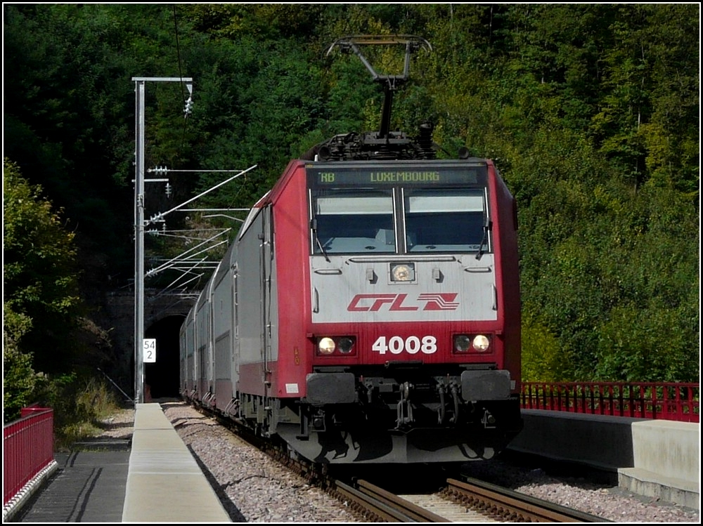 4008 is hauling a local train to Luxembourg City over the Sûre bridge near Michelau on September 19th, 2010.
