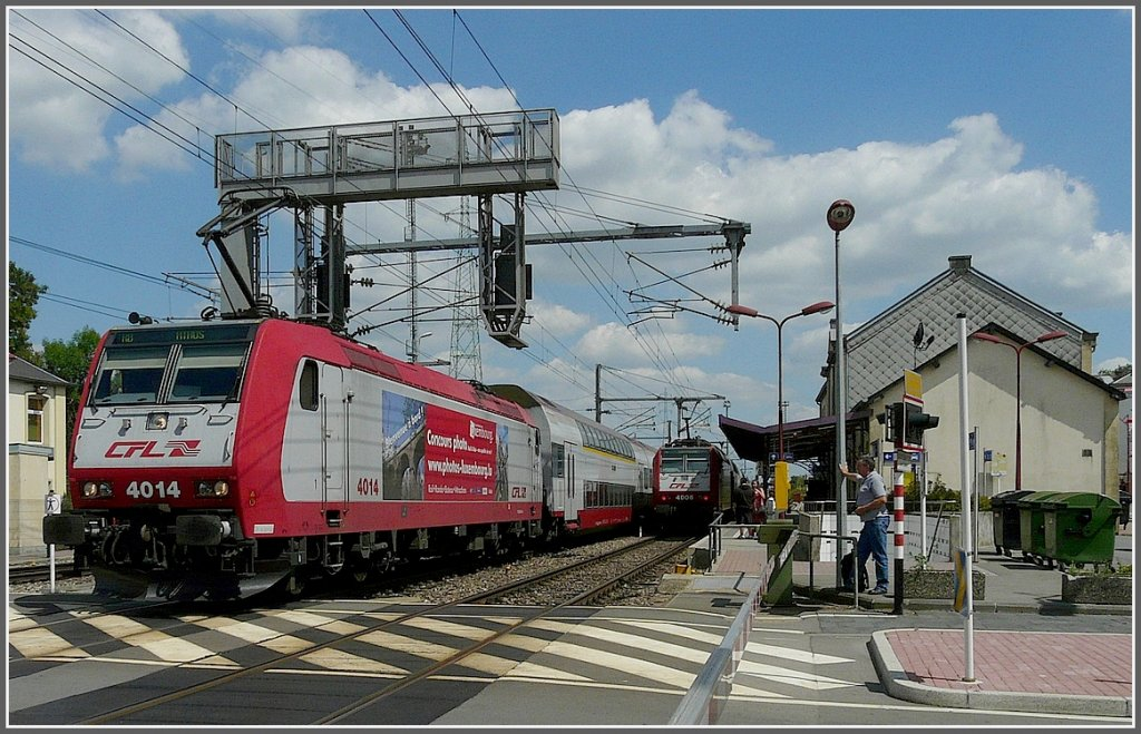 4014 is leaving the station of Rodange on its way to Athus (B) on August 4th, 2009.