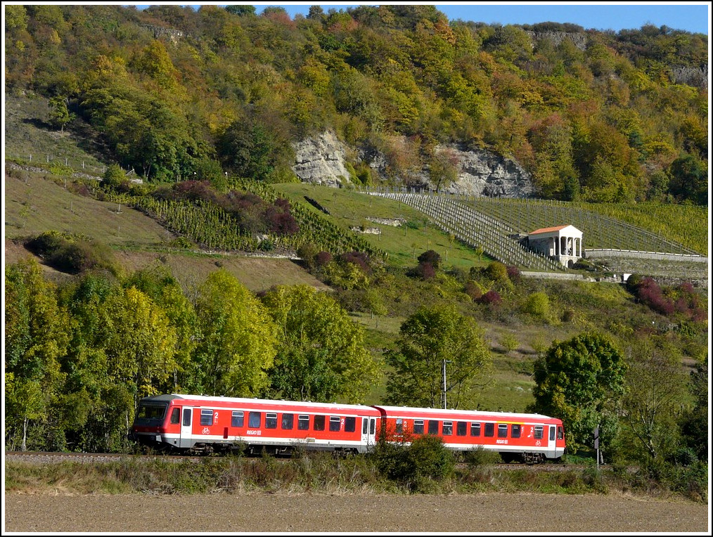 A 628 unit is running through the nice landscape between Wasserbillig (L) and Igel (D) on October 16th, 2011.