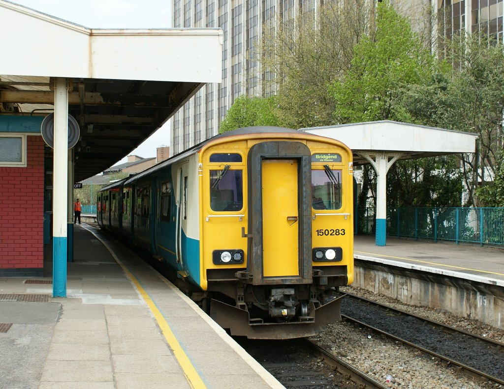 A Arriva Class 150 in the Cardiff Queens Street Station.