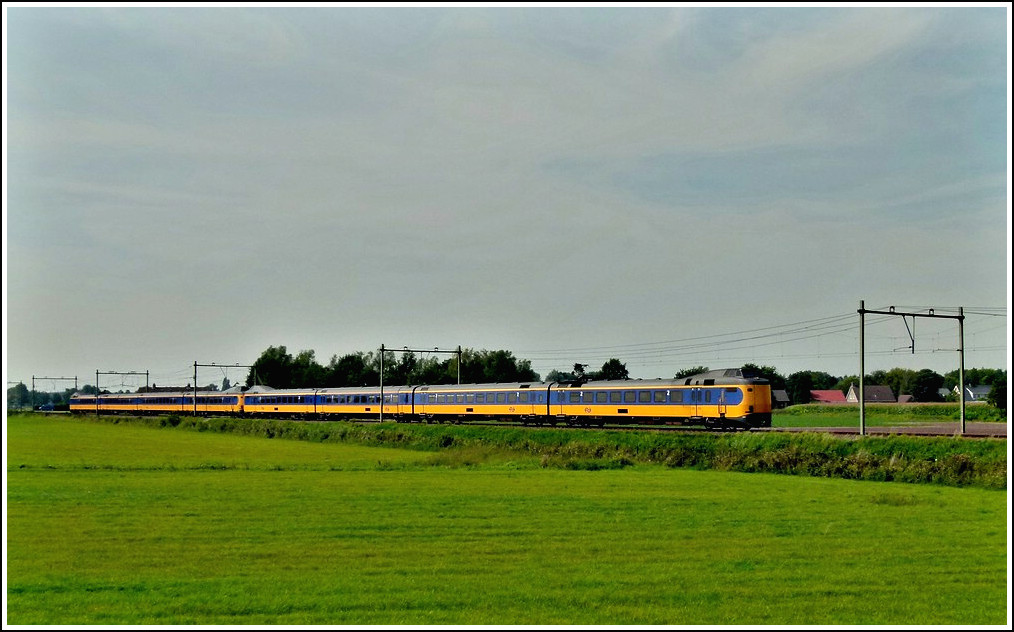 A Koploper double unit is running through Etten-Leur on September 2nd, 2011.