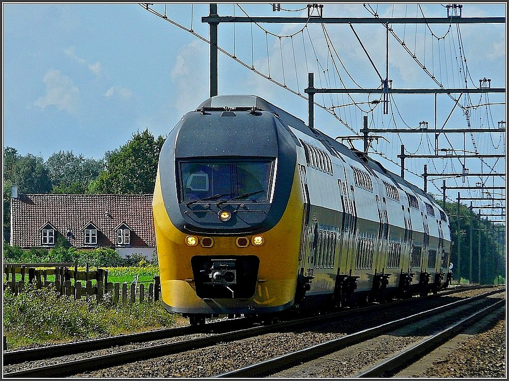 A local train from Roosendaal to Breda pictured near Hoeven on September 5th, 2009.