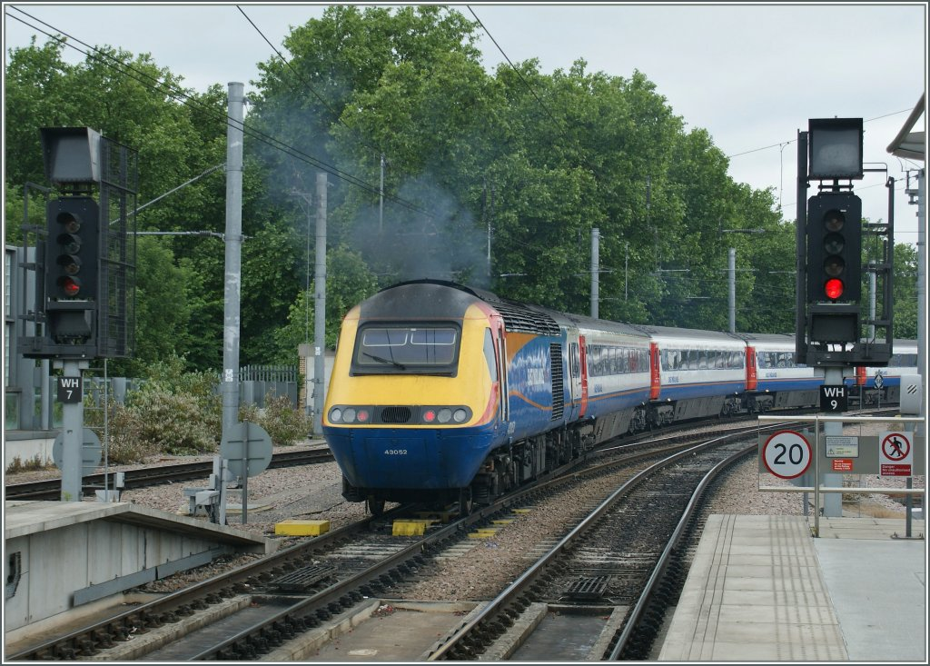 A  Midland  HST is leaving St Pancras. 