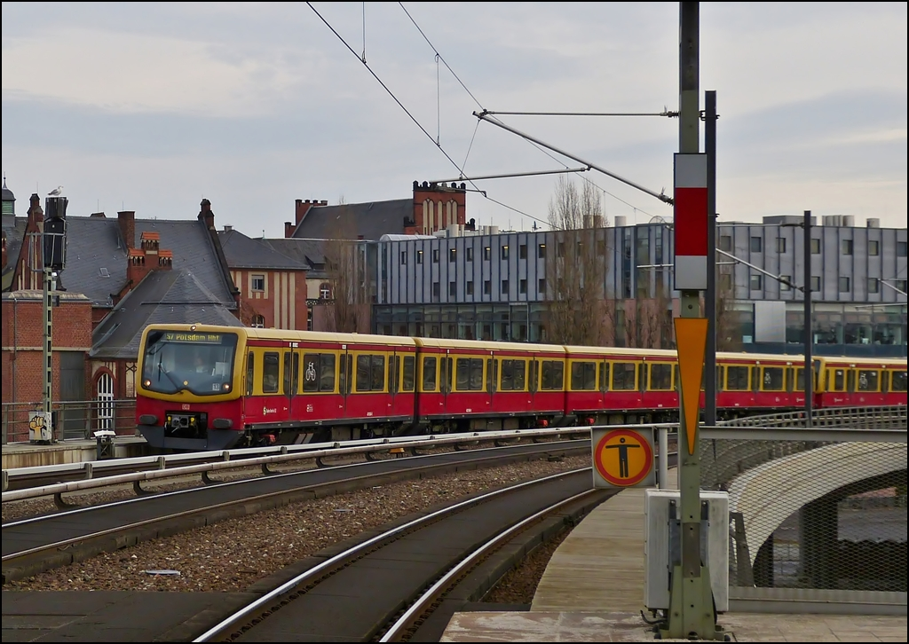 A S-Bahn train to Potsdam is arriving in Berlin main station on December 25th, 2012.