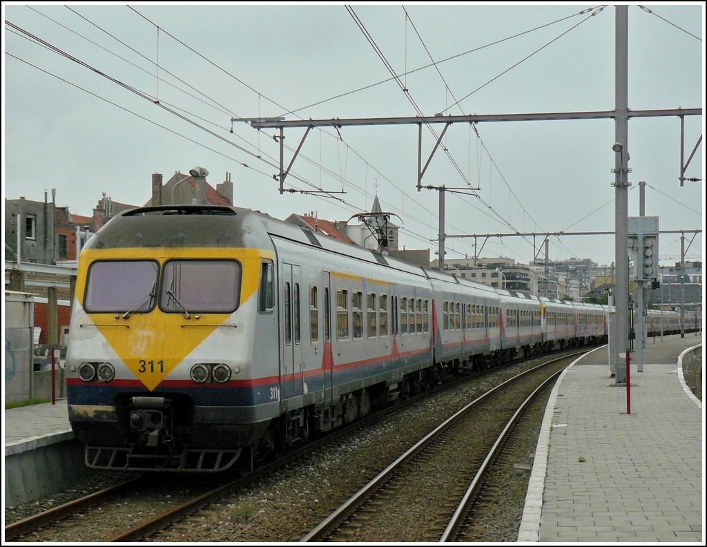 A special vacation train pictured in Blankenberge on September 13th, 2008.