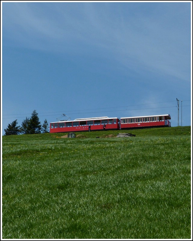 A VRB train is leaving the stop Rigi Staffel on May 24th, 2012.