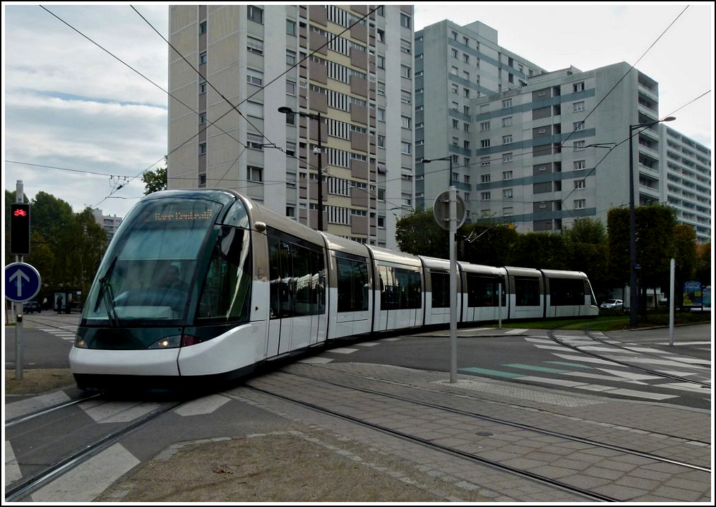 An Eurotram is arriving at the stop Observatoire in Strasbourg on October 29th, 2011.