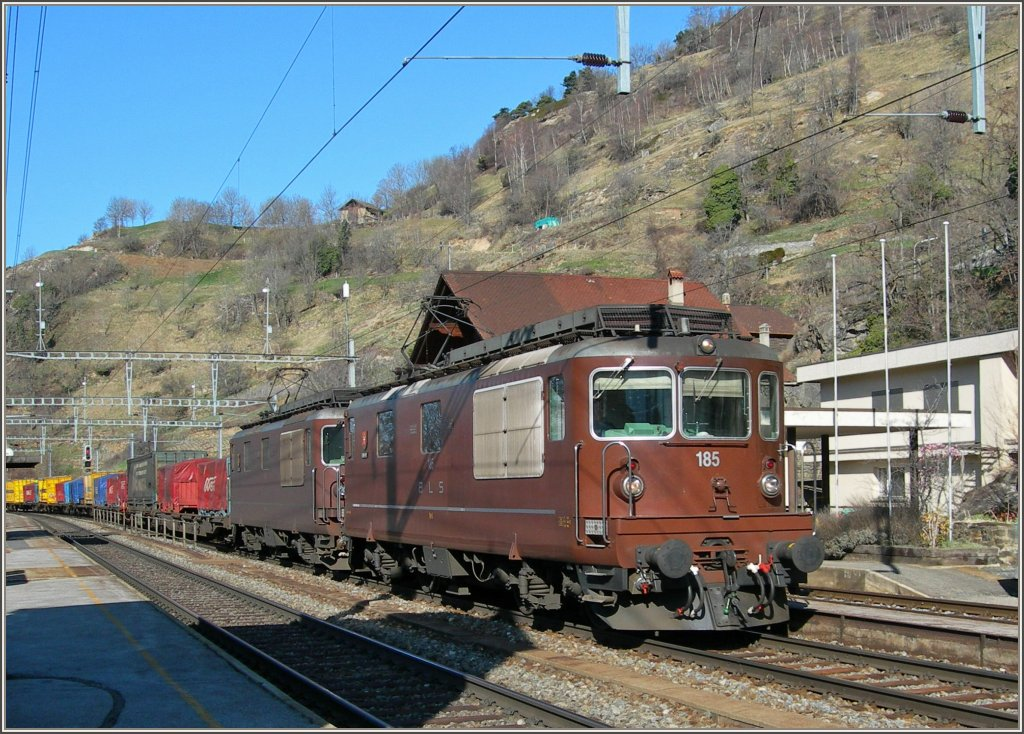 BLS Re 4/4 with a Cargo Train in Ausserberg. 