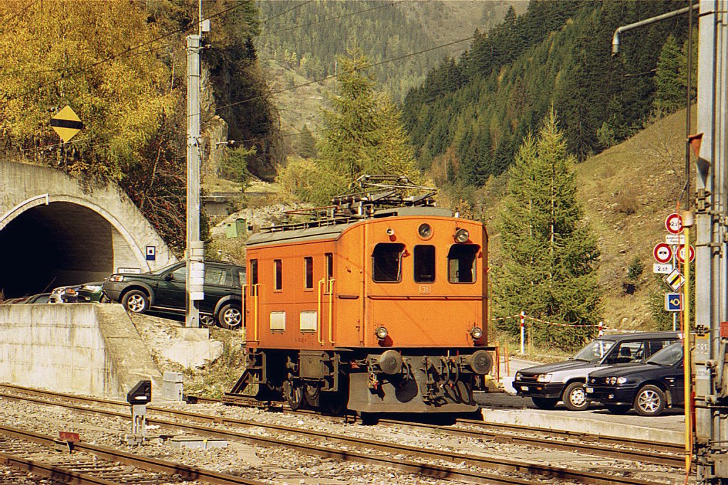 BLS T 215 031-6 in Goppenstein.