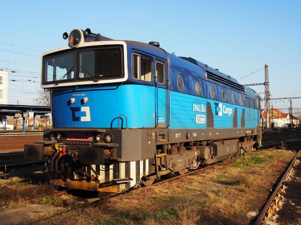 CD Cargo 753 774 on the railway station Kralupy on the 13 Nov 2012