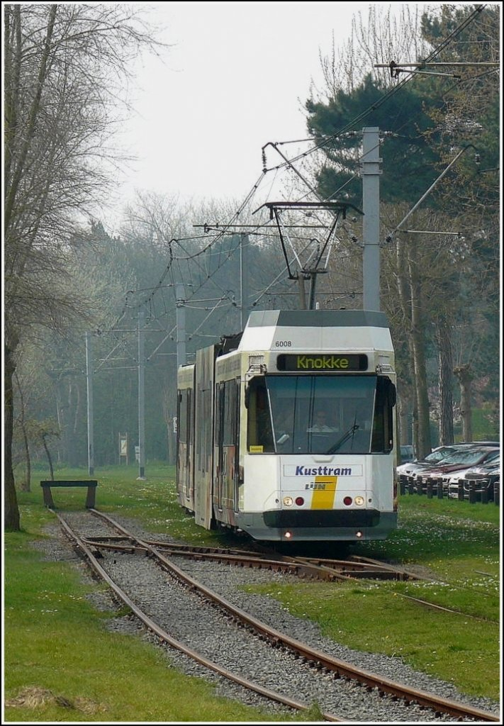 De Kusttram Nr 6008 is arriving at De Haan on April 12th, 2009.