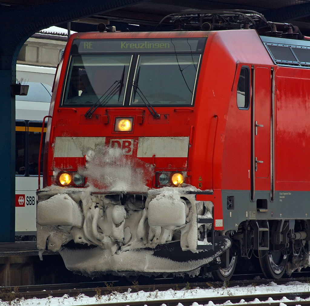 Detail of the 145 231-6 (a Bombardier TRAXX P160 AC) in Konstanz on 02.12.2012.