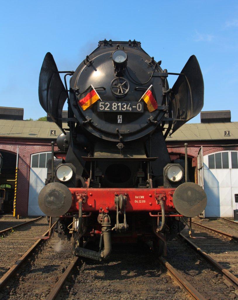 Front view of the German Steam Locomotive 52 8134-0 (under ...