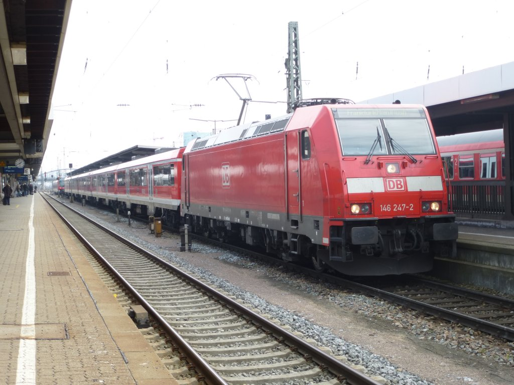 Here is standing 146 247-2 with a lokal train to Frankfurt ( Main ) main station on April 4th 2013 in Würzburg main station.