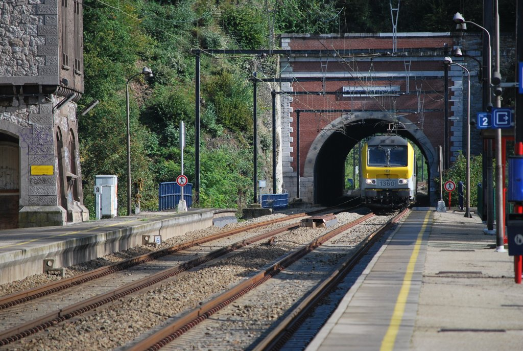 IC A Eupen-Ostend through Trooz tunnel in September 2010.