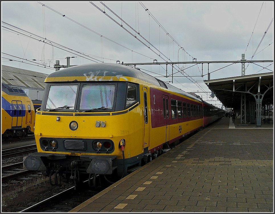 ICR control car in original colours pictured at Roosendaal on September 5th, 2009.