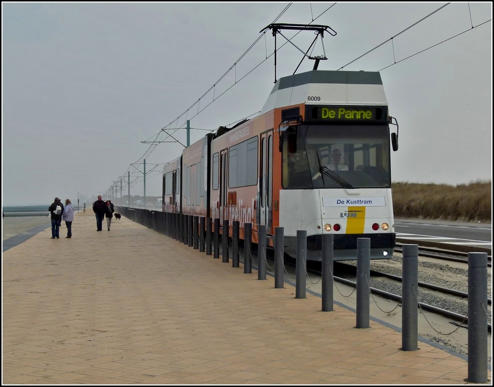 Kusttram N° 6009 is running between Raversijde Bad and Middelkerke on March 27th, 2011.