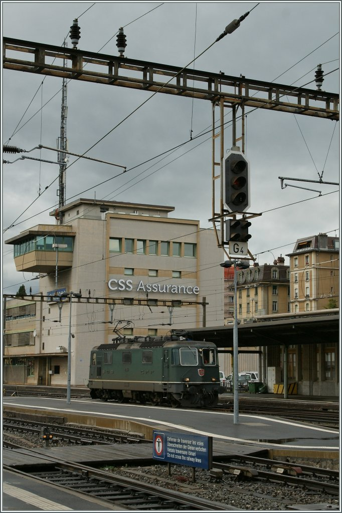 Re 4/4 II - Festival in Lausanne : The Re 4/4 II 11354 one of the last green one!