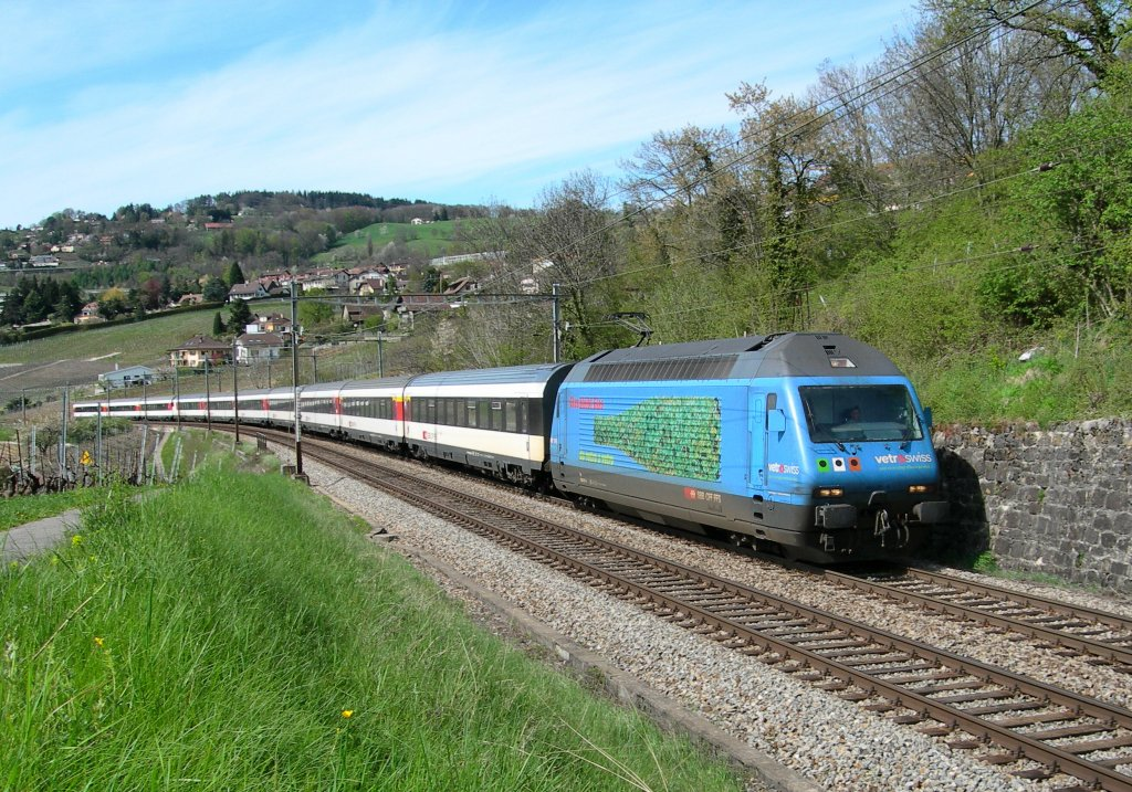Re 460 071-4 with a IR to Luzern by Bossiere. 