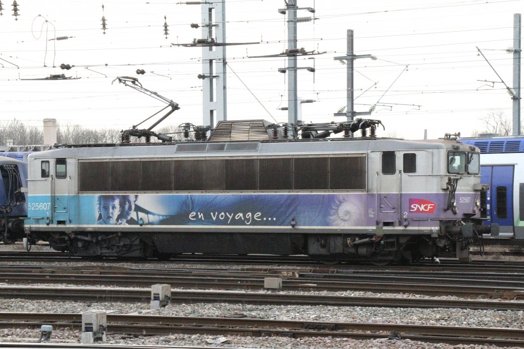 SNCF BB 25 546  en voyage  on 18.03.2010 at strasbourg main station.