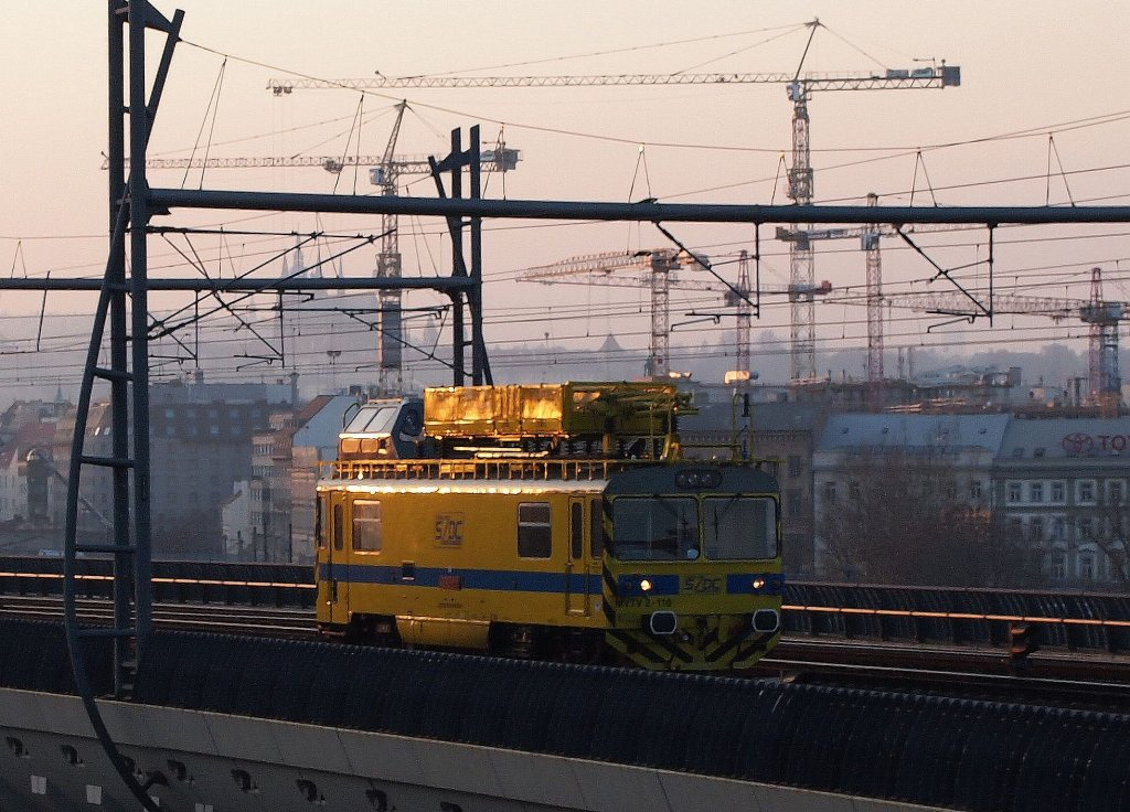 SZDC - MVTV2 110 near the central railway station Praha on the 13 Nov 2012