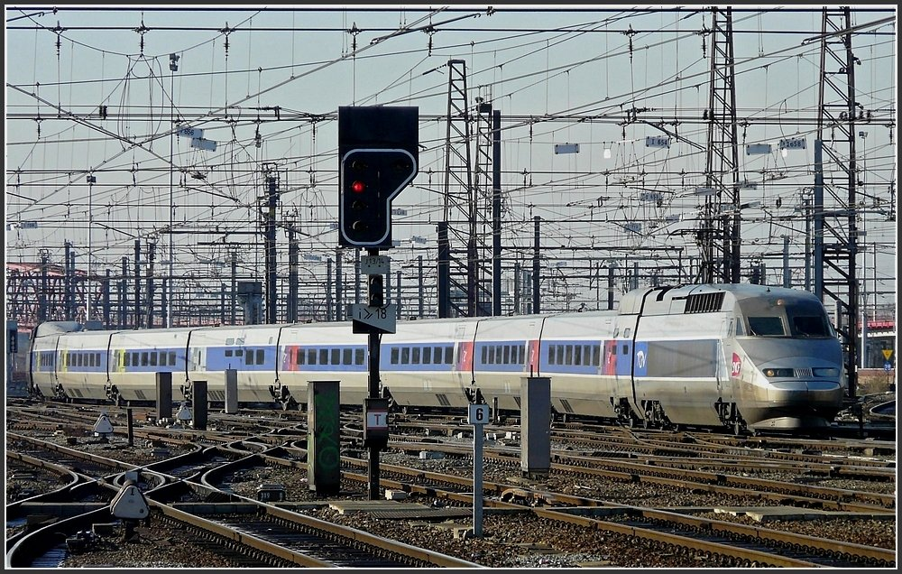 tgv atlantique r seau unit pictured at fentange l on its way from paris to luxembourg city on. Black Bedroom Furniture Sets. Home Design Ideas