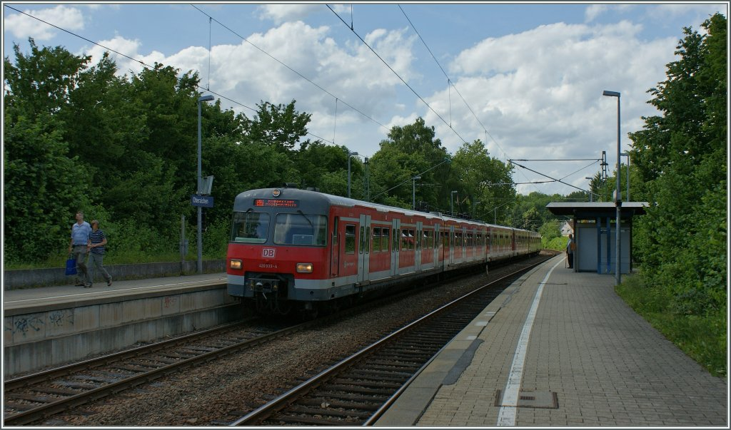The DB ET 420 933-4 to Flughafen/Messe in Oberaichen.