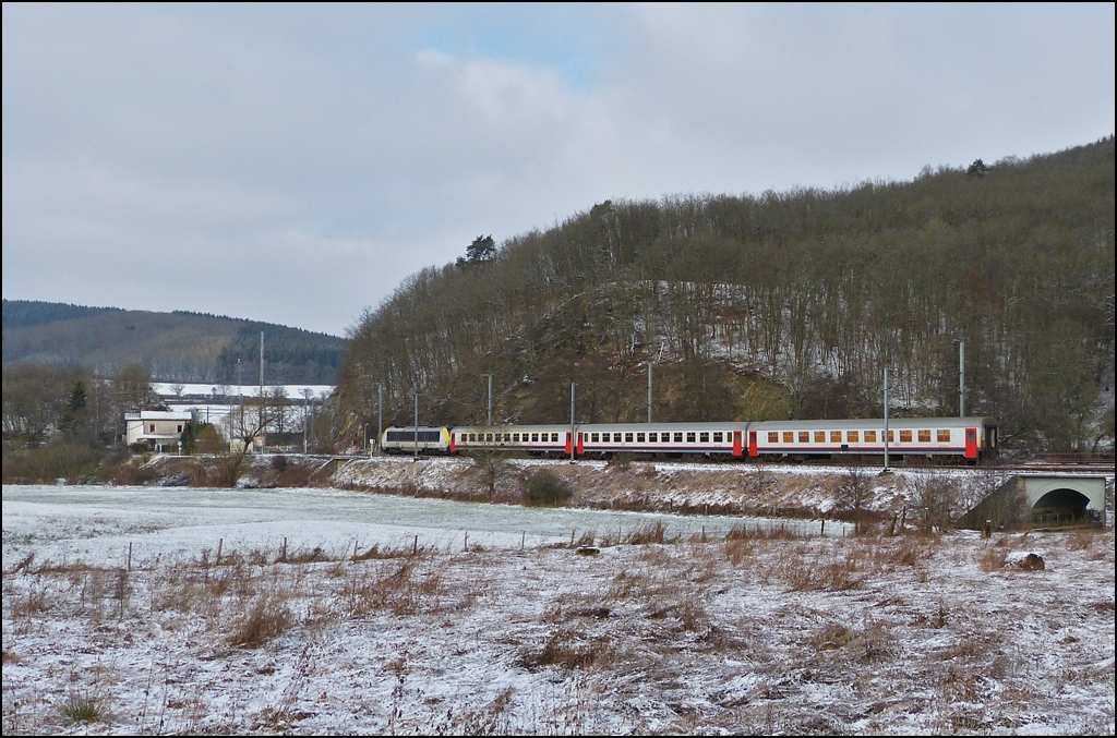 The IR 112 Luxembourg City - Liers is running through Drauffelt on January 14th, 2013.