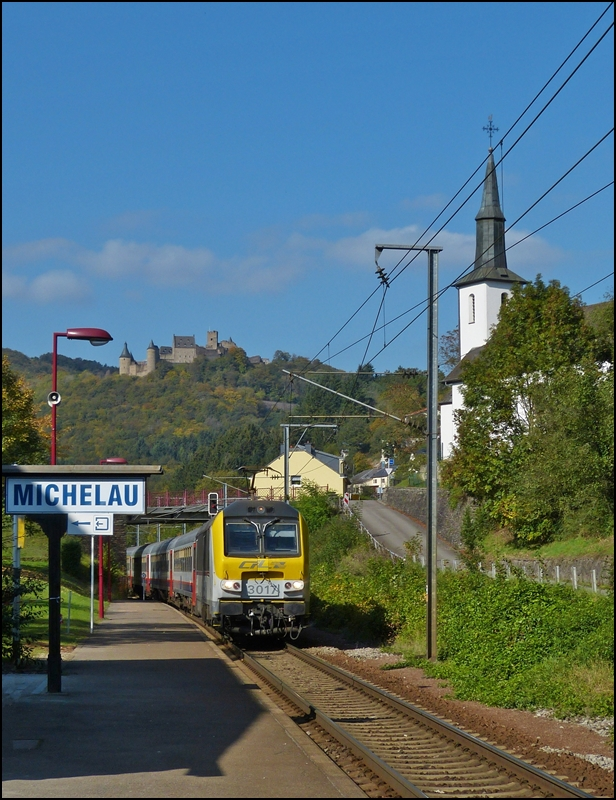 The IR 115 Liers - Luxembourg City is running through Michelau on October 10th, 2012.