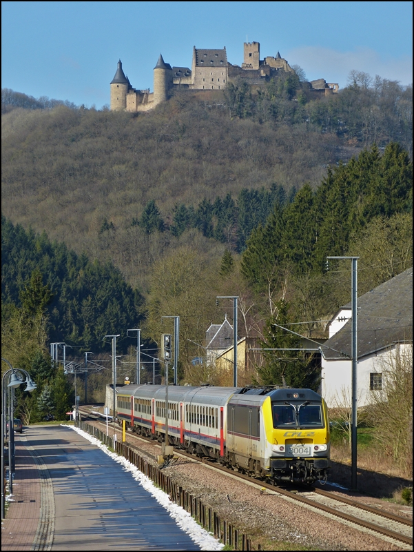 The IR 115 Liers - Luxembourg City is running through Michelau on February 18th, 2013.