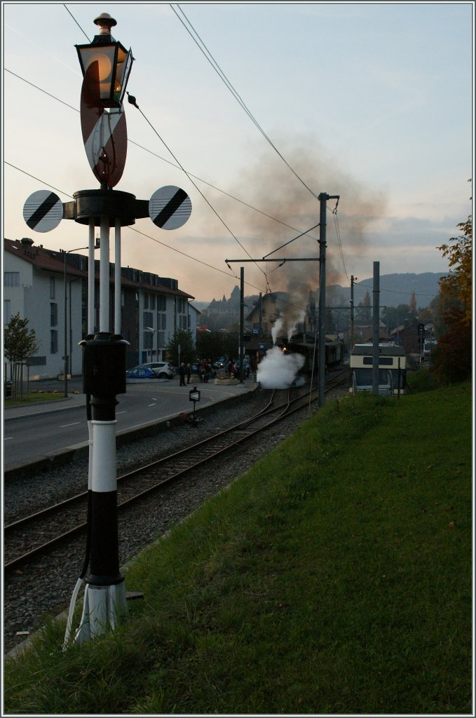 The last steamer train of the season 2011 is leaving Blonay. 
