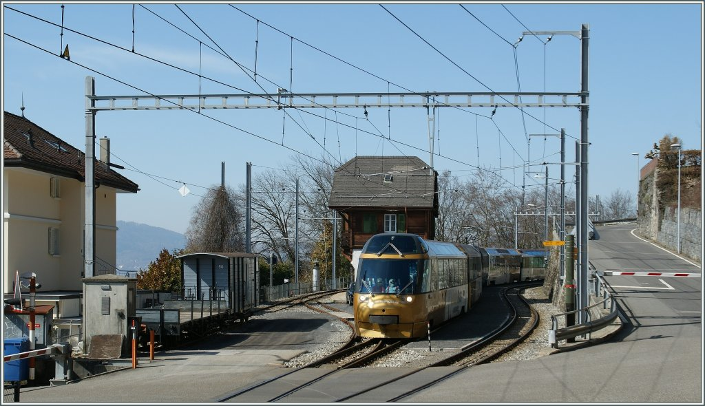 The MOB GoldenPass Panoramic Express in Chamby. 