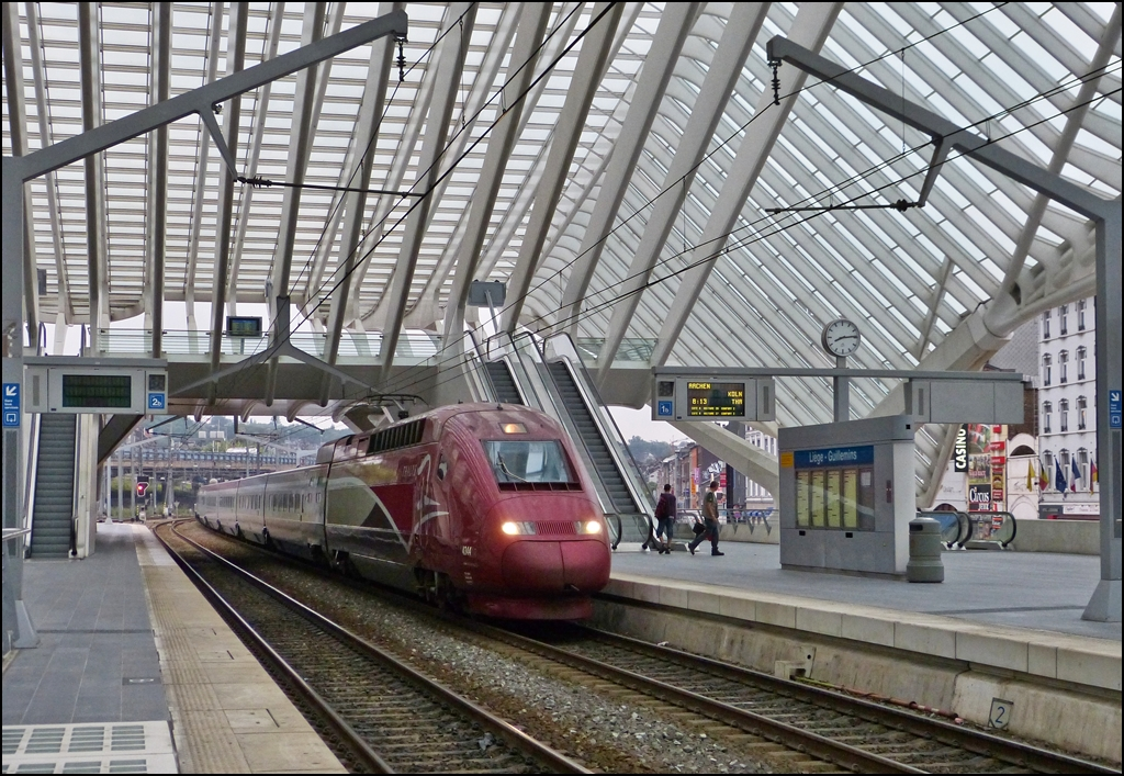 The PBKA Thalys 4344 is entering into the station Liége Guillemins on August 22nd, 2012.