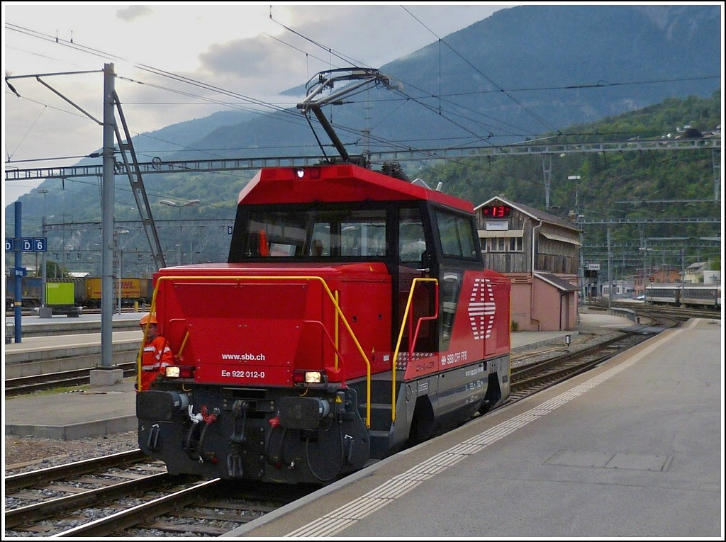 The SBB shunter engine Ee 922 012-0 pictured in Brig on May 23rd. 2012.
