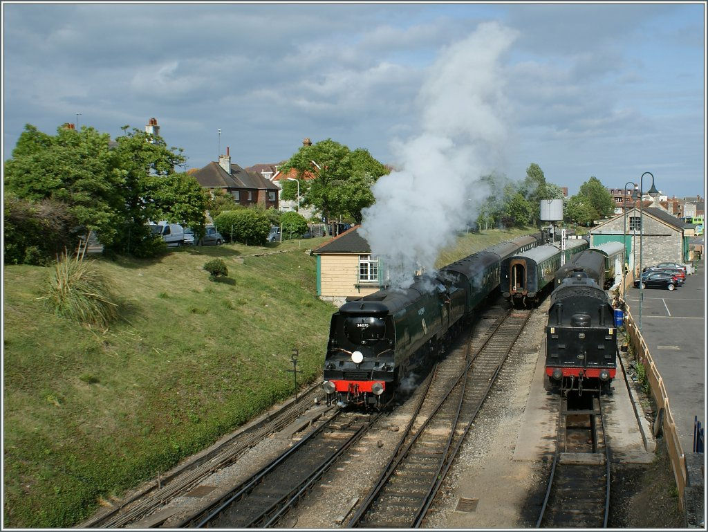 The Swanage Railway 34070 is leaving the Swange Station.