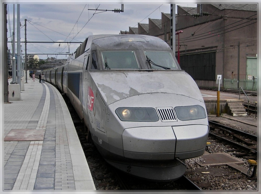The TGV Atlantique/Réseau 552 pictured in Luxembourg City on July 7th, 2007.