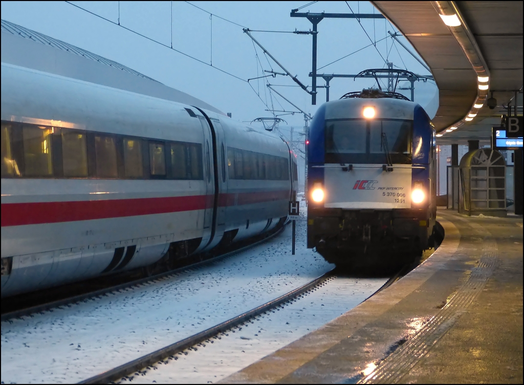 The Warszawa-Berlin Express is entering into Berlin east station in the evening of December 23rd, 2012.