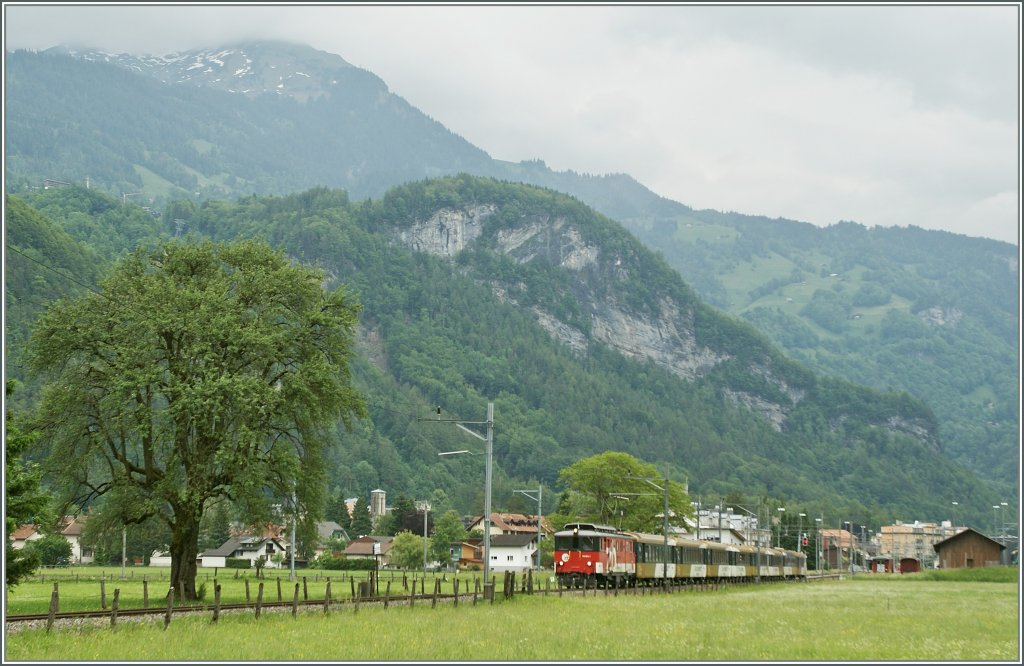 The  Zentralbahn  De 110 003-1 with the Goldenpanoramic Express from Luzern to  Interlaken Ost by Meiringen.