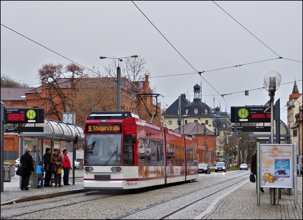 Tram N° 616 is arriving at the stop Domplatz Nord in Erfurt on December 26th, 2012.