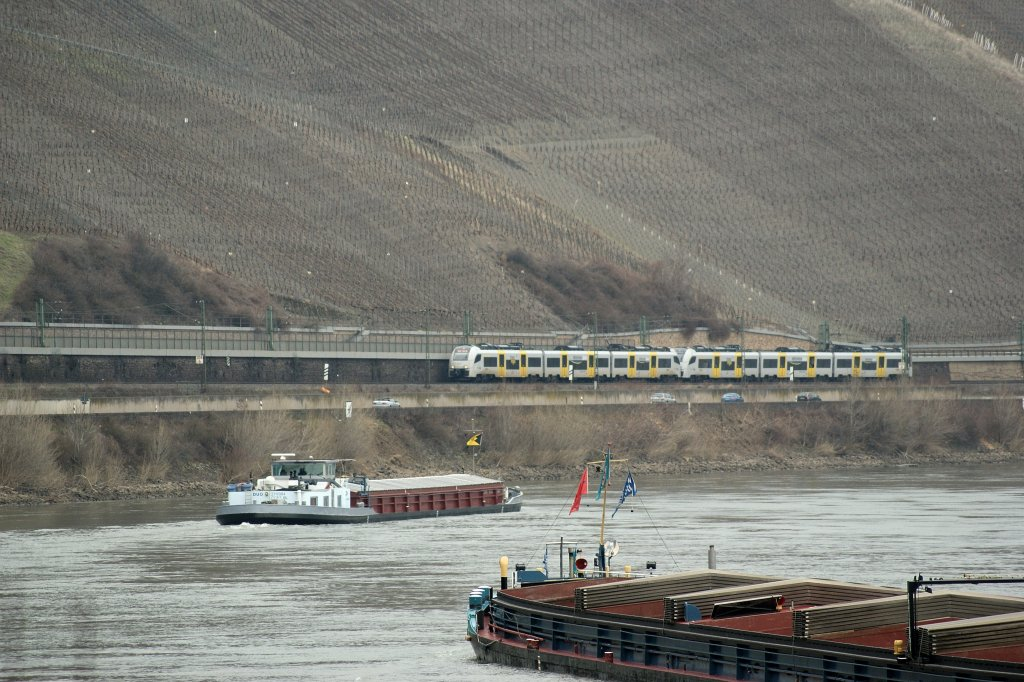 Two ET 460 on the left Rhine line on the way to Mainz.