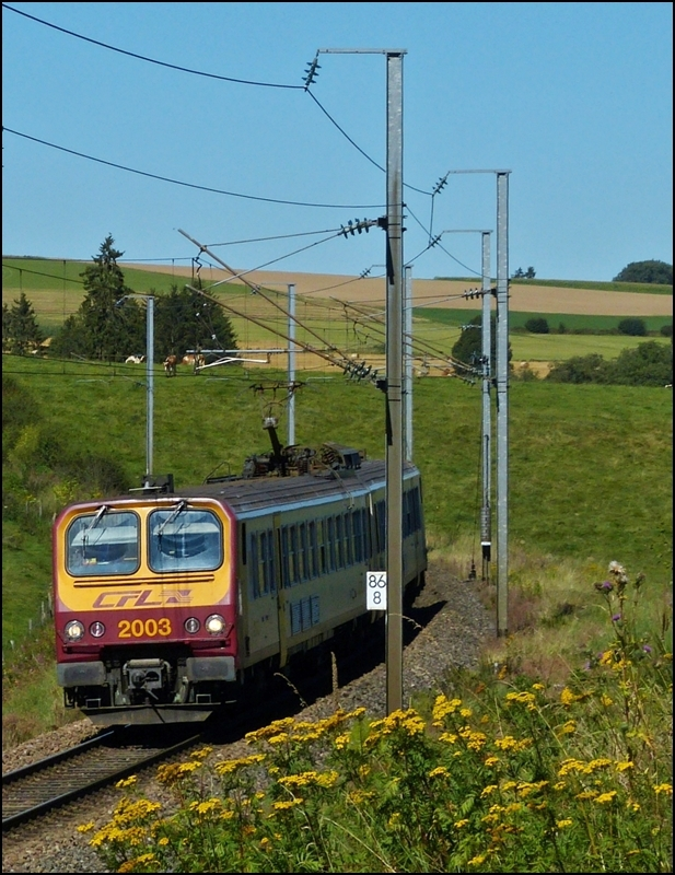 Z 2003 is running betweeen Basbellain and Troisvierges on September 7th, 2012.