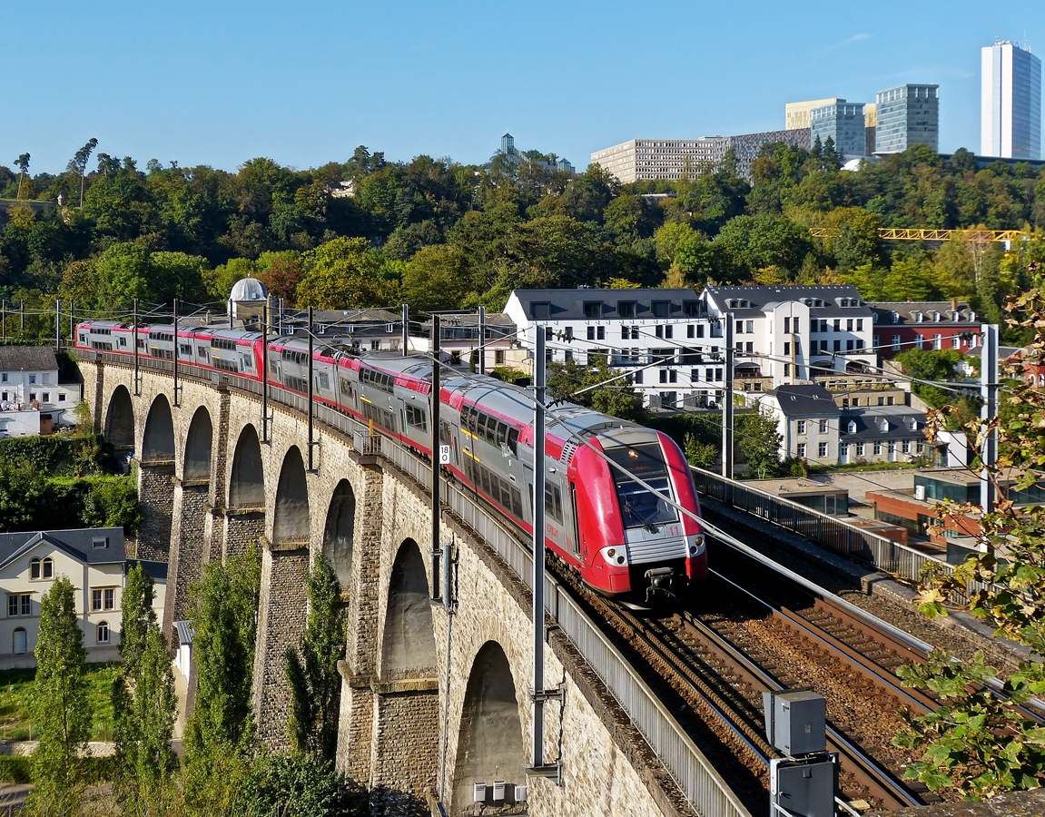 . 2200 double unit is running on the Clausen viaduct in Luxembourg City on September 23rd, 2014.
